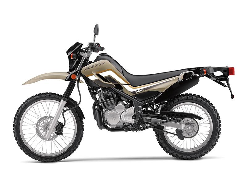 YAMAHA - XT250